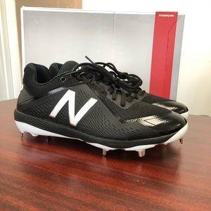New balance metal baseball shoes size 11.5